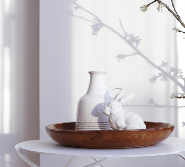 Weißer Hase aus Porzellan