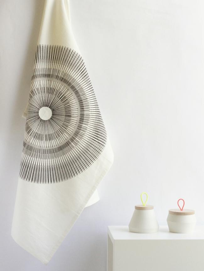 Geschirrtuch Spore von Jurianne Matter | Foto: Sabine Wittig