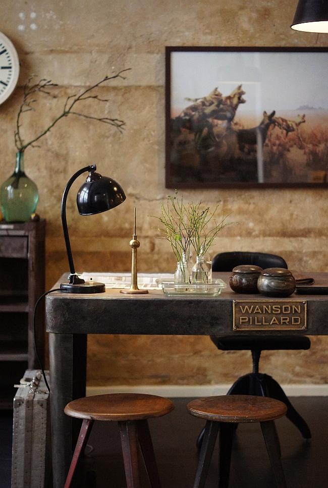 j v finest industrial vintage furniture azurweiss. Black Bedroom Furniture Sets. Home Design Ideas