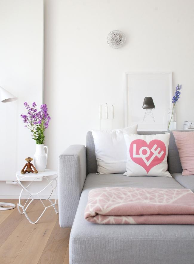 Im Wohnzimmer Juni 2015 | Foto: Sabine Wittig