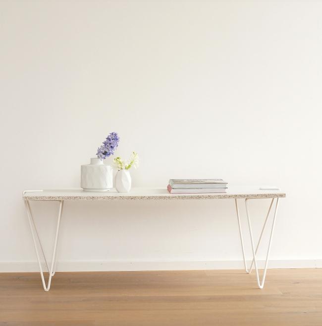 DIY-Tisch mit den Beinen Linie 58 von Jakob Schenk