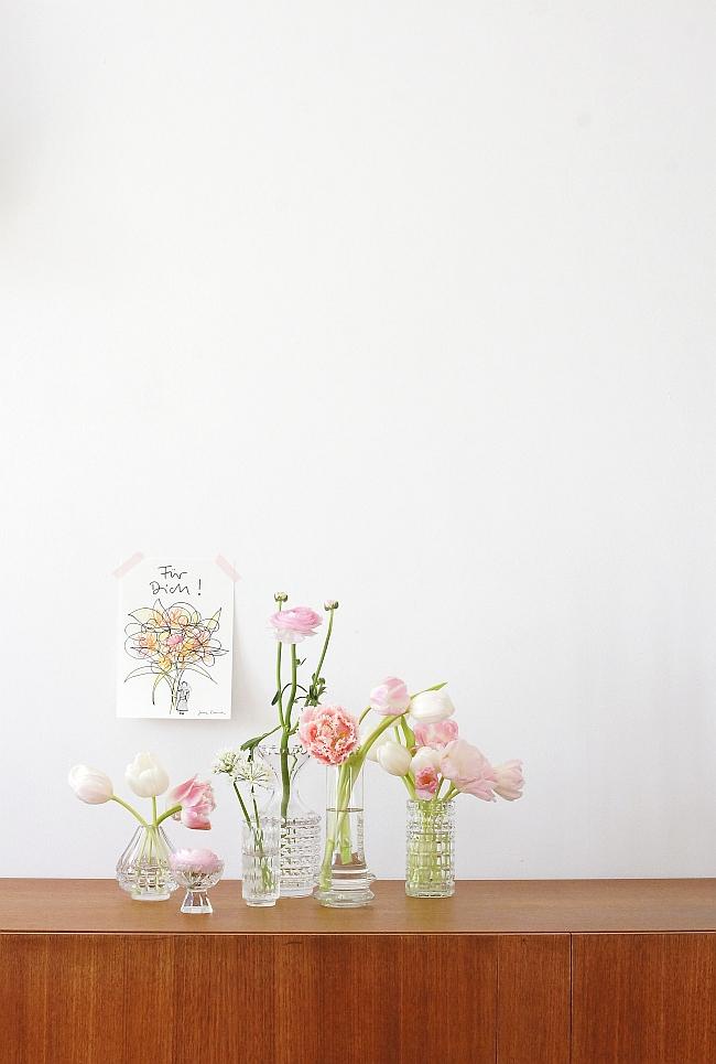 Tulpen in Vintage Glasvasen | Foto: Sabine Wittig