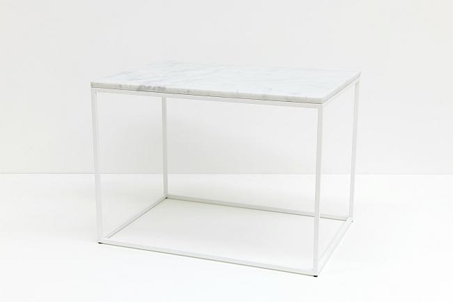 Tisch mit Marmorplatte | Emile van Hoogdalem