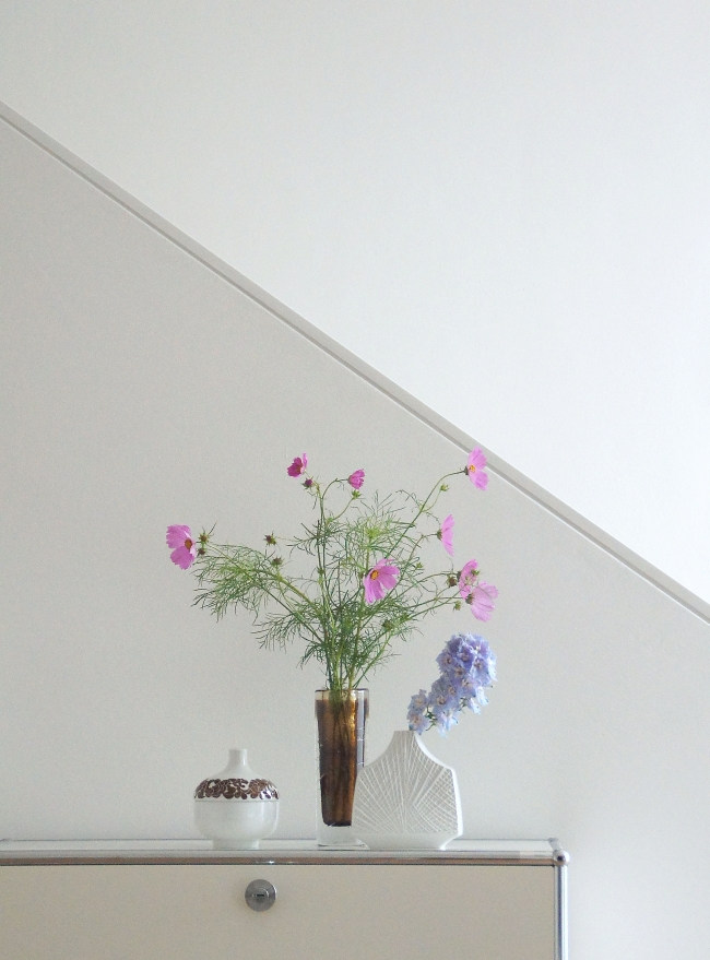 Vintage Vasen auf USM Sideboard | Foto: Sabine Wittig