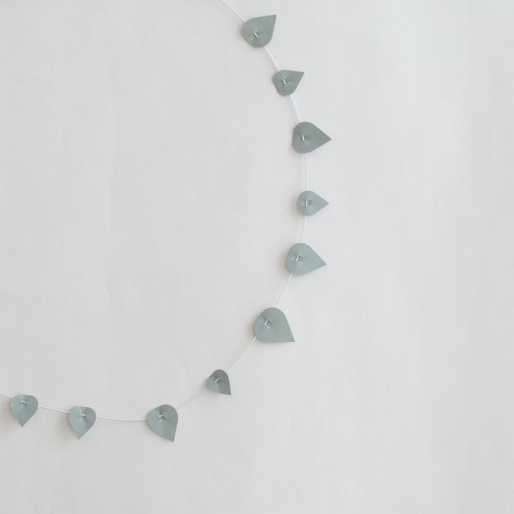 Papierblätterkranz Twig | Foto: Sabine Wittig