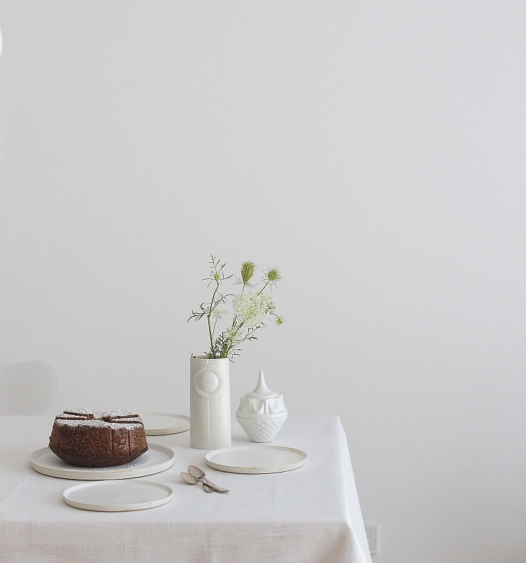 minimal table setting | photos: Sabine Wittig