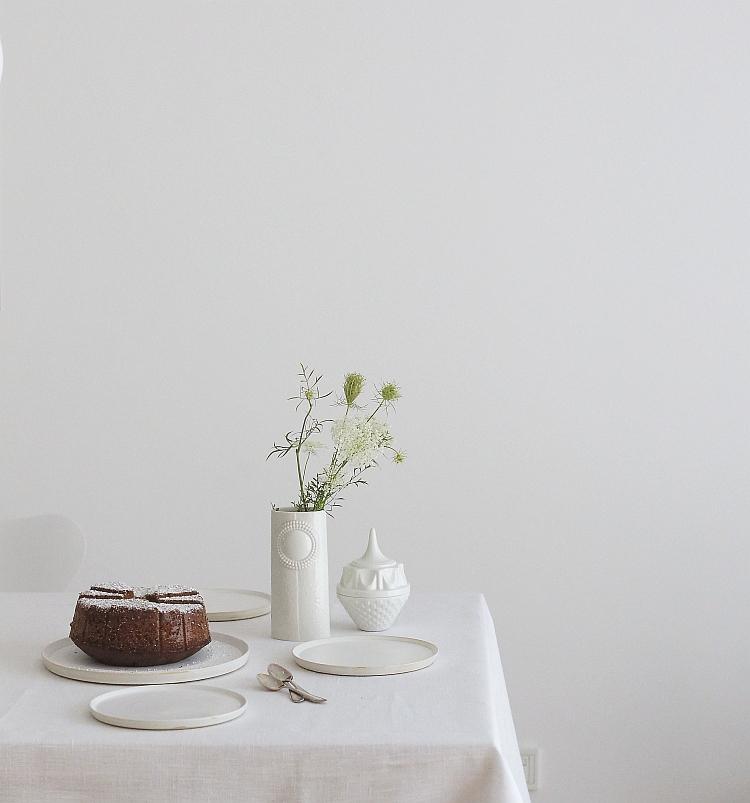 minimal table setting | photos: Sabine Wittig